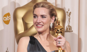 Kate Winslet Reveals that She Keeps her Oscar in her Bathroom