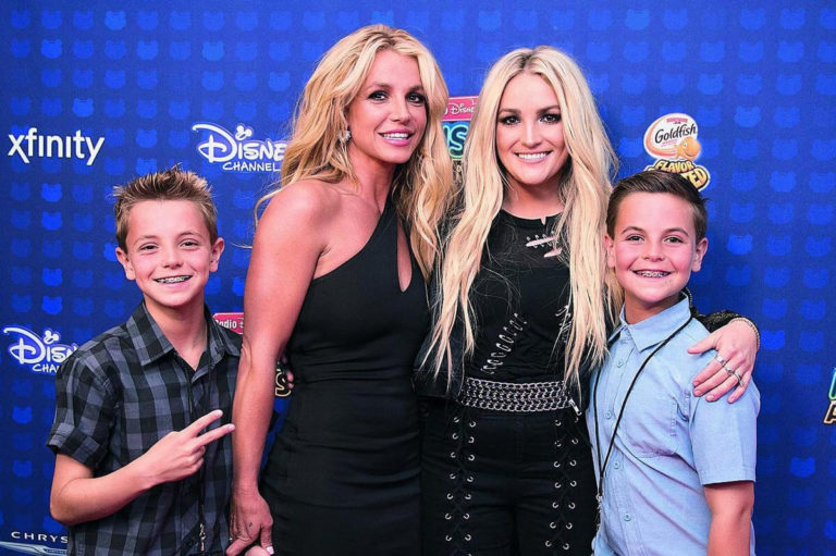 Sisterly Love Comes to the Public Eye, Britney Sends a Box of Toys for Sister Jamie Lynn's Kids
